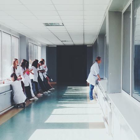 Der Klinik